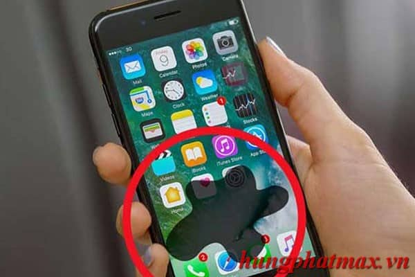 Màn hình iPhone bị chảy mực, xuất hiện điểm chết