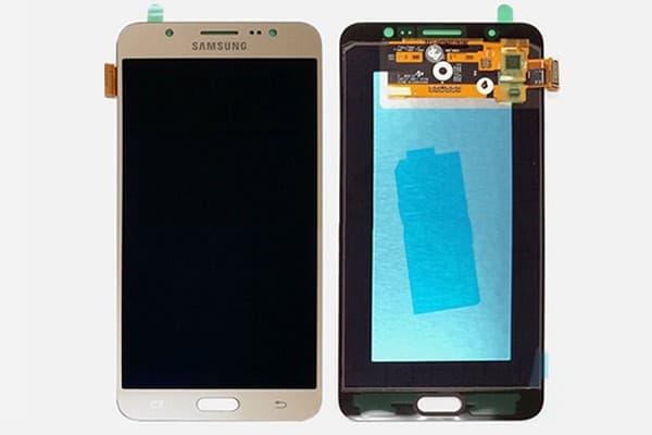 thay kính samsung Galaxy J7 Pro