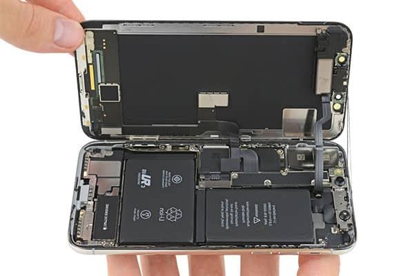 Thay pin chính hãng từ Apple tại Điện thoại Hùng Phát cho Iphone x